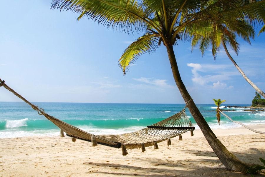 Куда поехать отдыхать в апреле?