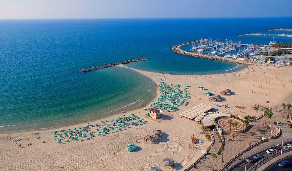 Куда поехать в июле на море?