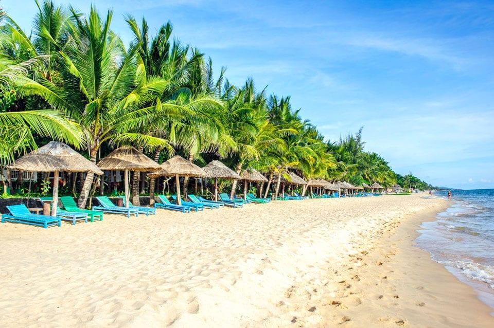 Где отдохнуть в сентябре на море?