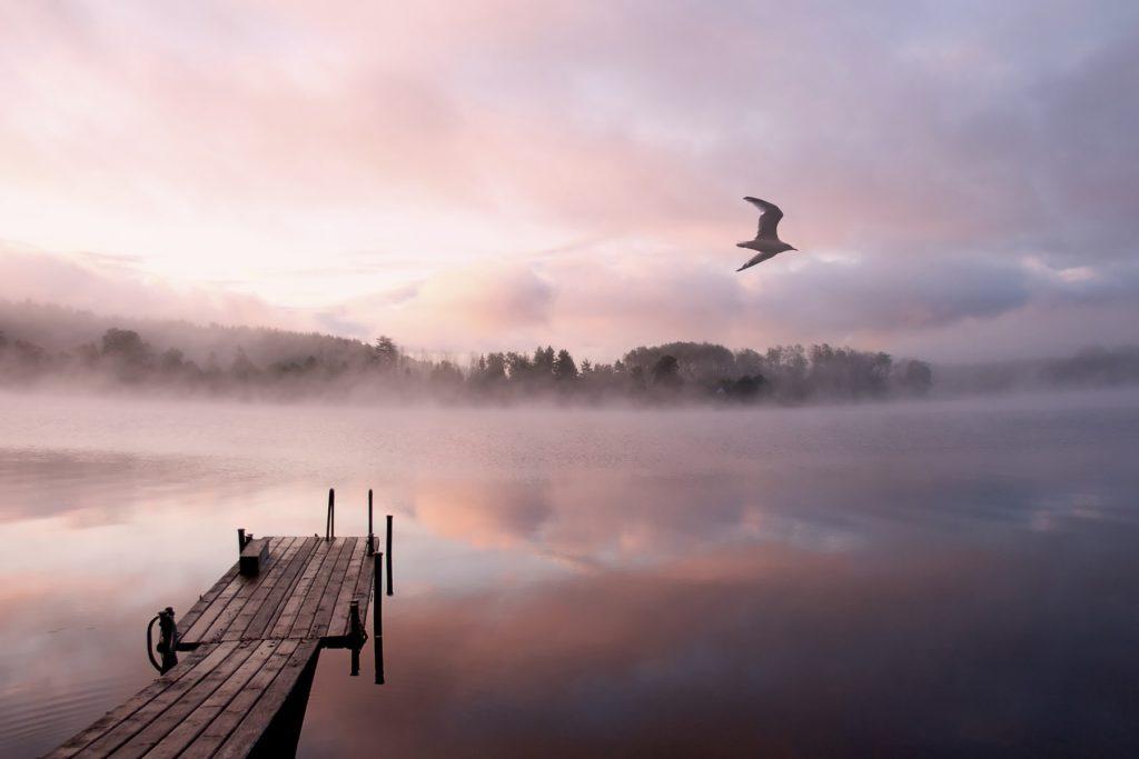 на какие озера можно поехать отдохнуть
