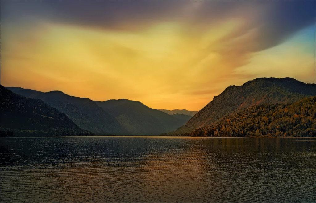 Телецкое озеро – жемчужина Алтая